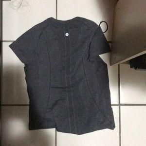 Lululemon's Women's t shirt